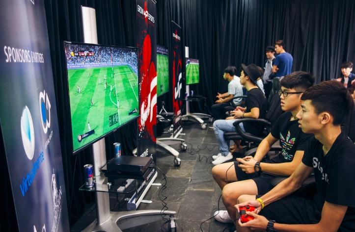 1.esports.jpg