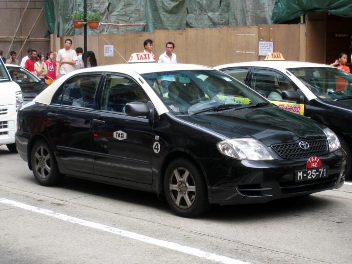 3.Taxi.jpg