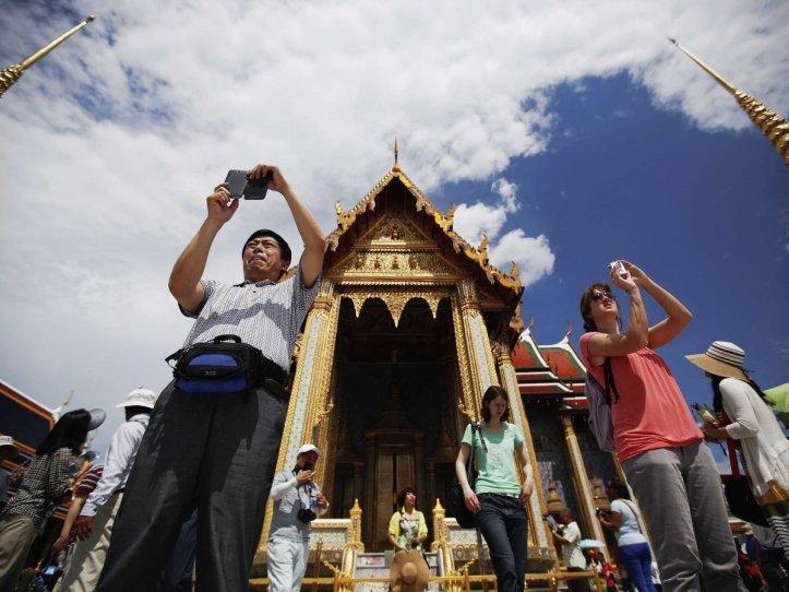 bangkok-thailand-tourists
