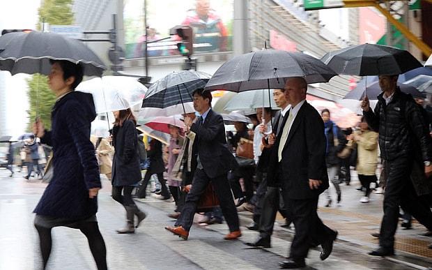 japan-businessmen_3158843b
