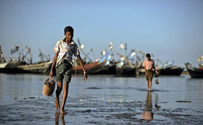 rohingya_fishermen_ap_650