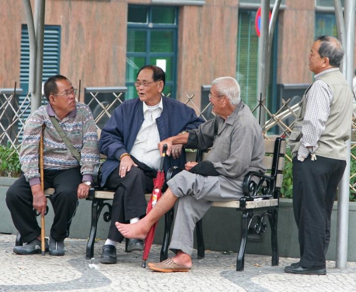 3-idosos