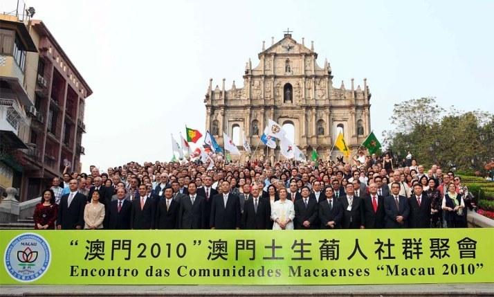 1-comunidade-macaense-encontr0-2012