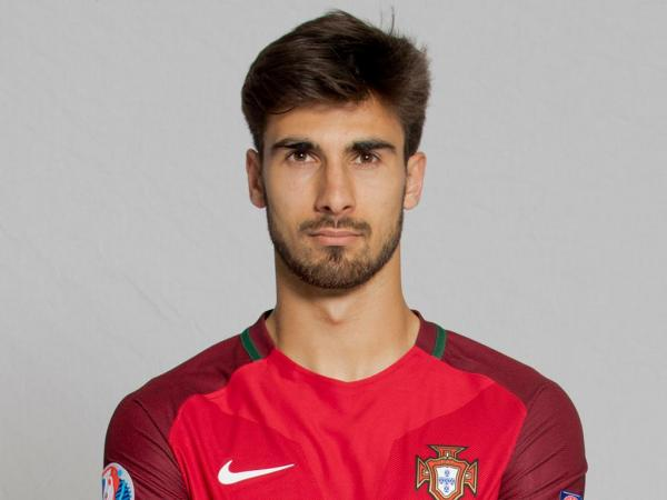 3-andre-gomes