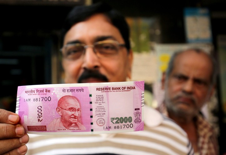 Note change to curb black money
