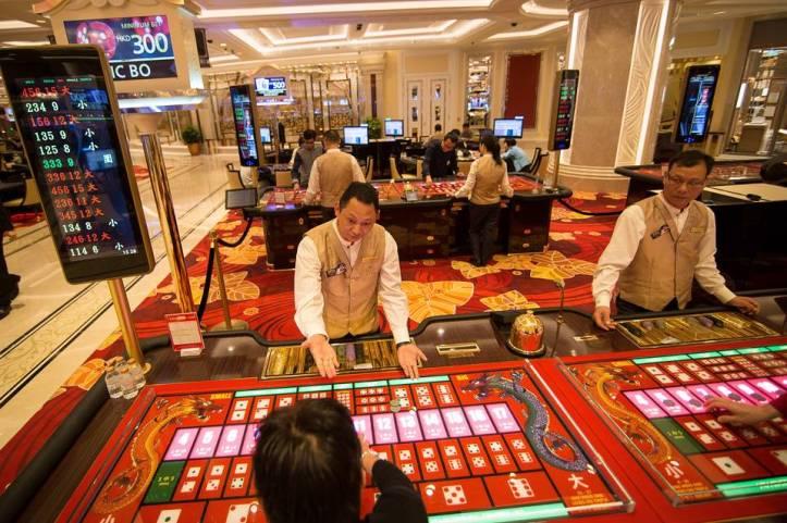 1.Gambling.jpg