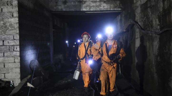 3-china-mineiros