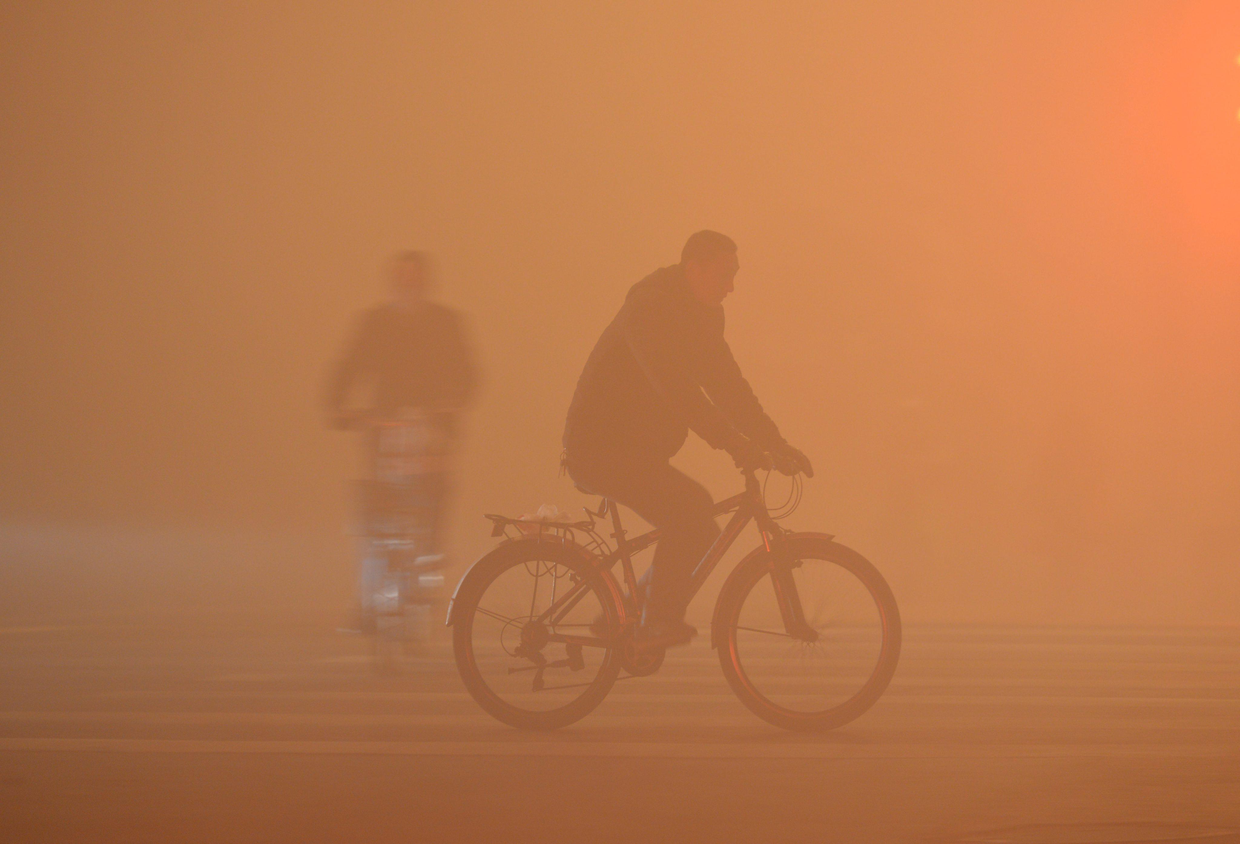 Pequim. Vídeo mostra avanço