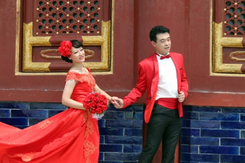 chinese-wedding-bride-and-groom-496x330