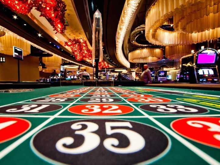 1.casino-scene