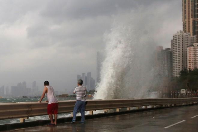 1.super-typhoon-haima-shuts-all-essential-services